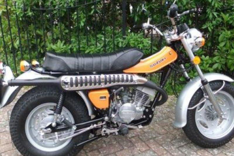 Suzuki RV 90, 1976 Motorcycles - Photos, Video, Specs, Reviews