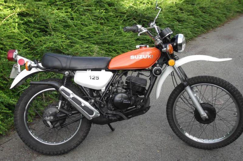 Suzuki TS 125, 1975 Motorcycles - Photos, Video, Specs, Reviews