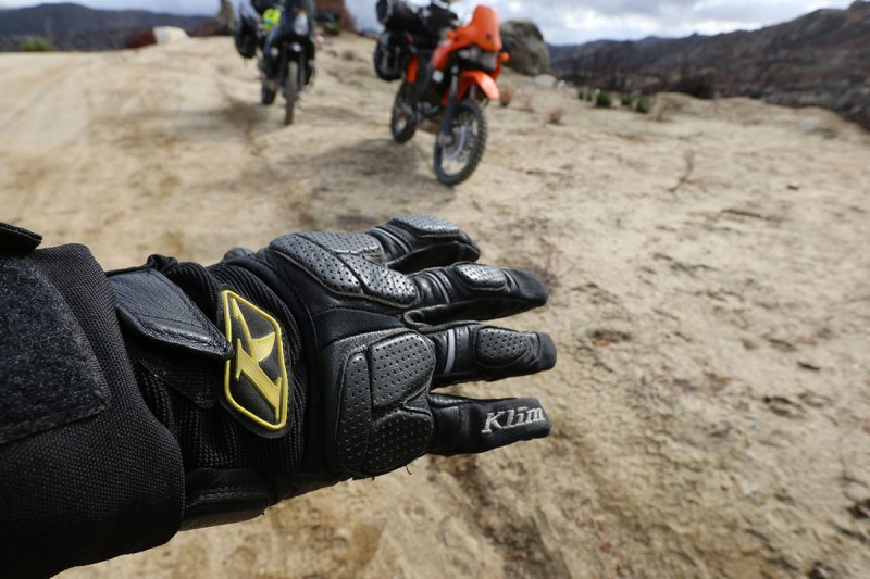 It's time to choose the best motorcycle gloves