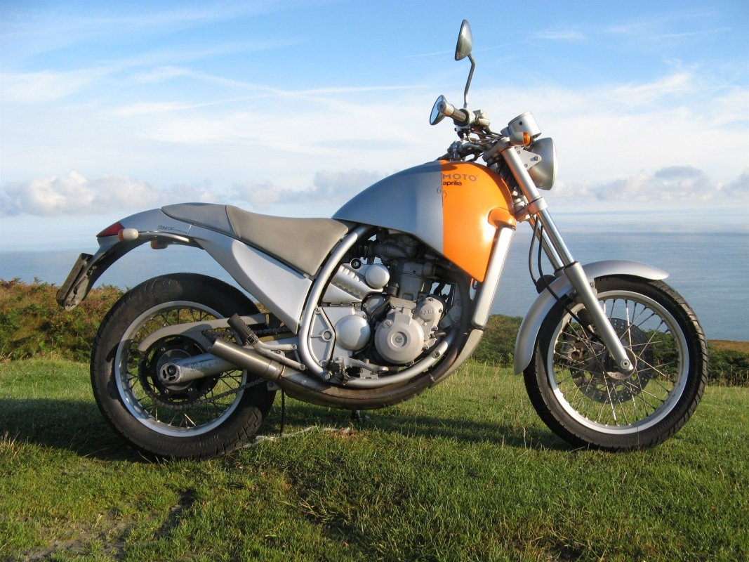 Moto 6.5, 2000