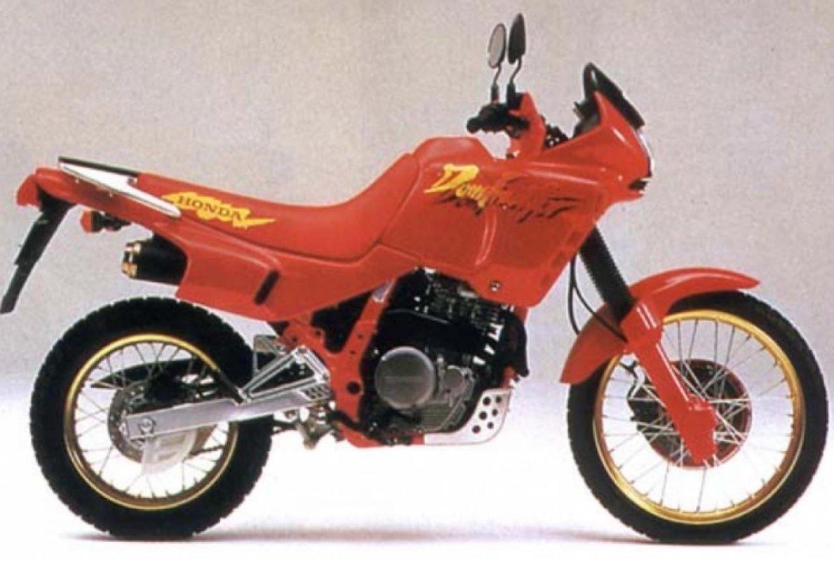 NX 650 Dominator, 2003