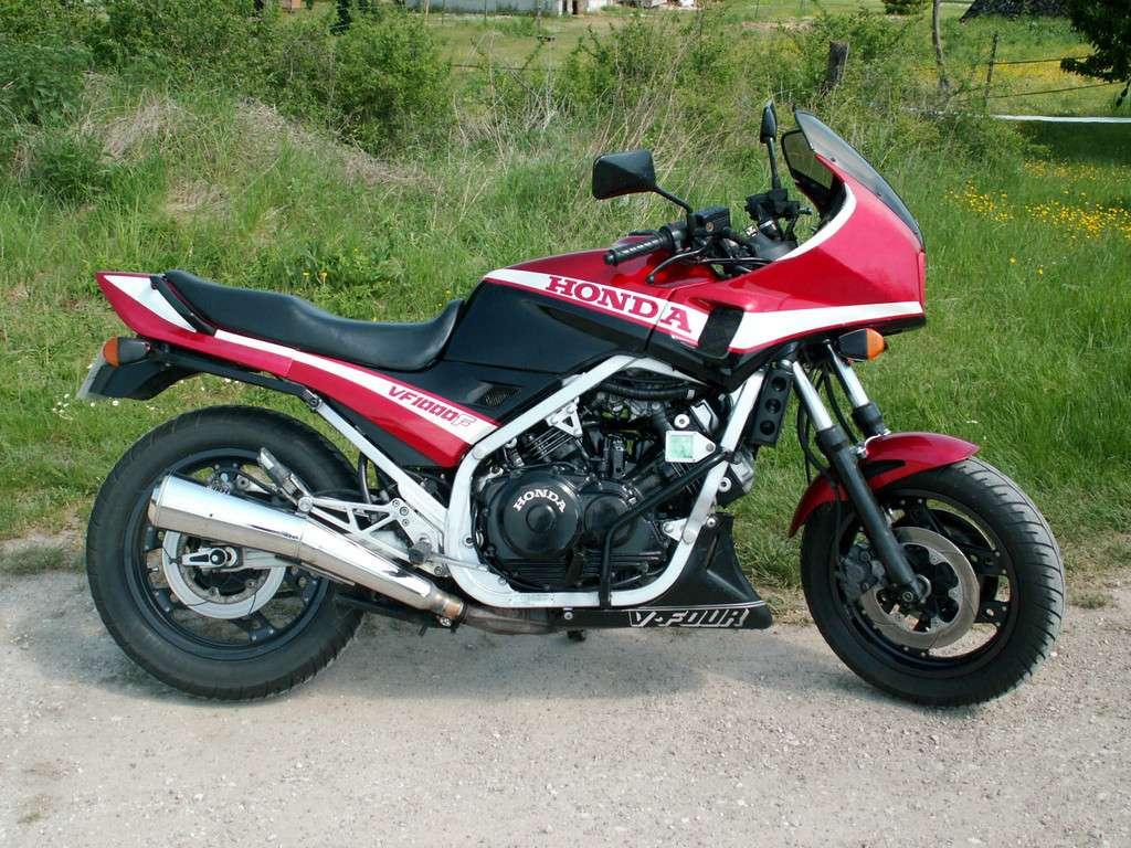 VF 1000 F, 1987